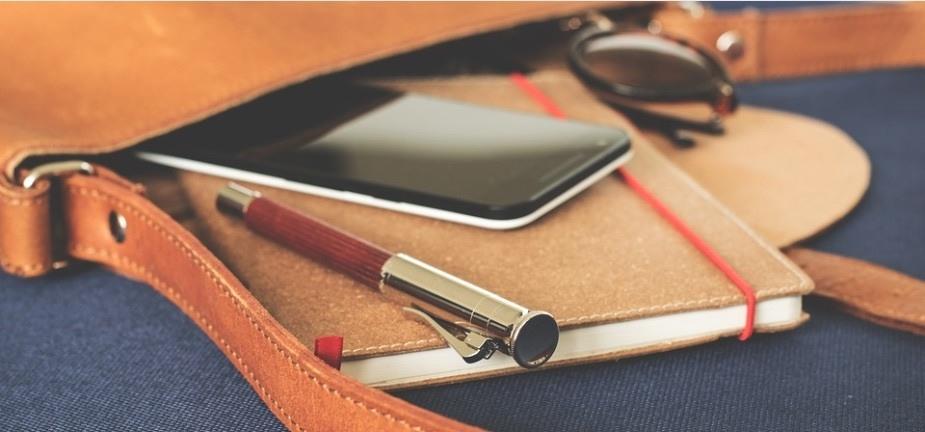 Volle Tasche als Bild für: Professionell telefonieren