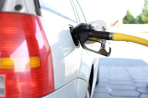 Tanken, Tankstelle, Zapfsäule, Benzin