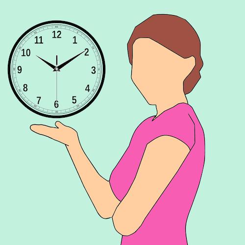 Cartoon-Frau mit Uhr als Beispiel für Kundenbedürfnis